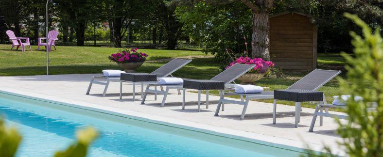 Hotel piscine int rieure bourgogne week end en amoureux for Week end avec piscine interieure